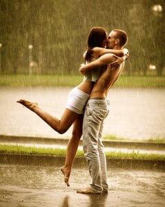 Rain_Kiss_Tip_Toe_Kiss_Love